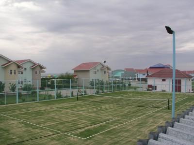 Теннисный корт в южной резиденции президента. Актау, Казахстан