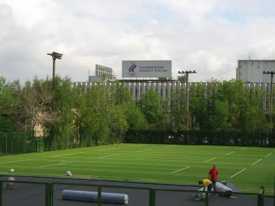 12 теннисных кортов спортивного комплекса